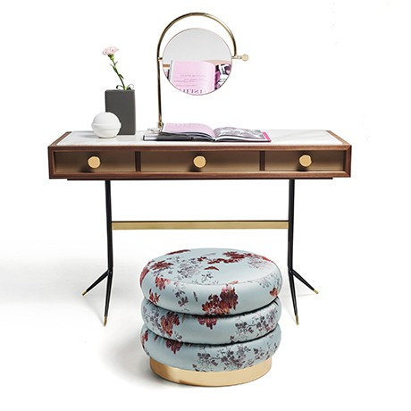 1500 SWING DRESSING TABLE